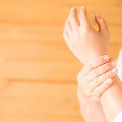 5 Desk Exercises for Wrist Pain
