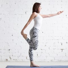 11 Balance Exercises to Do in the Office